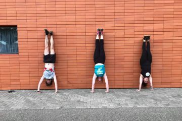 Photo Street Workout - Equilibre contre un mur